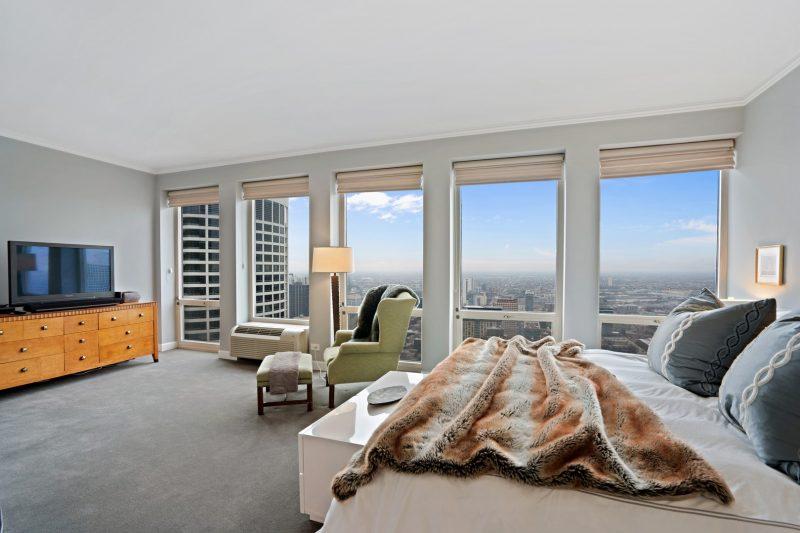 111-condo-bedroom