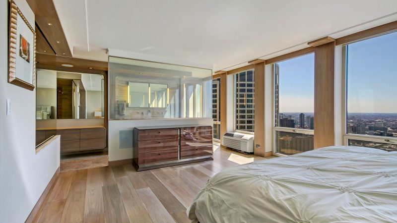 111-master-bedroom